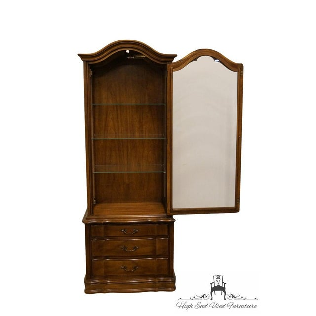 """Hammary Country French 26"""" Bonnet Top Display Curio Cabinet For Sale - Image 4 of 12"""