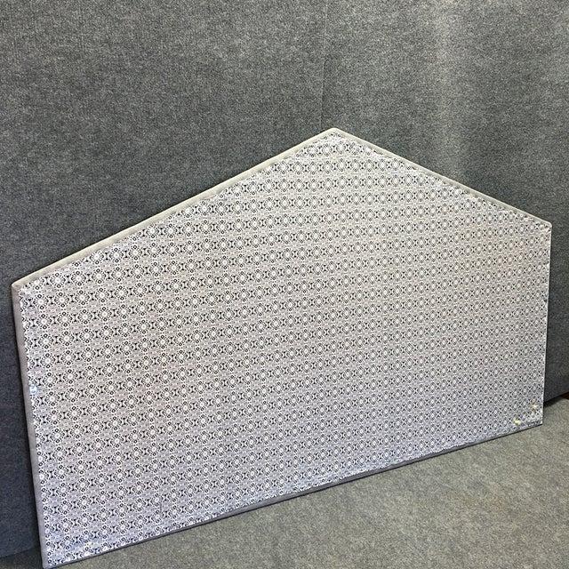 King Size Grey Upholstered Headboard - Image 5 of 6