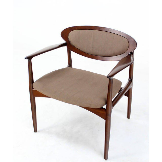 Brown Extra-Wide Mid-Century Danish Modern Lounge Chair by Selig For Sale - Image 8 of 10