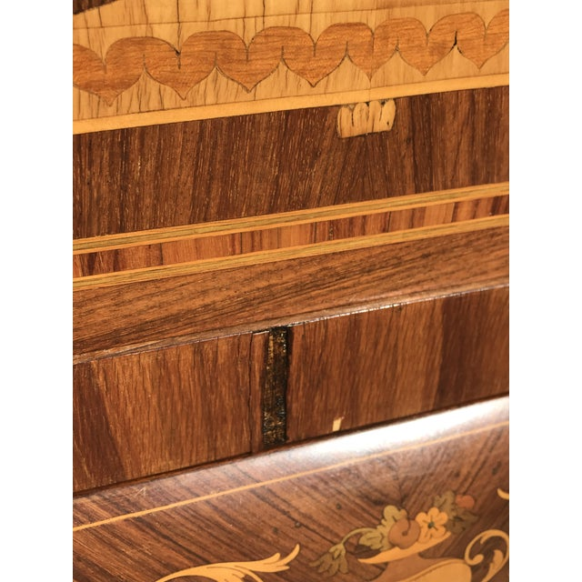 19th Century English Traditional Marquetry Dry Bar Cabinet For Sale In Dallas - Image 6 of 13