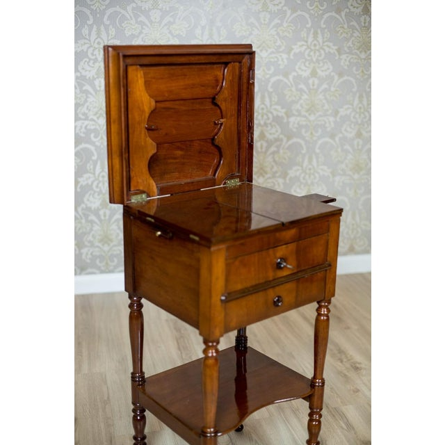 Traditional Dresser/Desk/Dressing Table Veneered with Mahogany, circa 1860 For Sale - Image 3 of 13