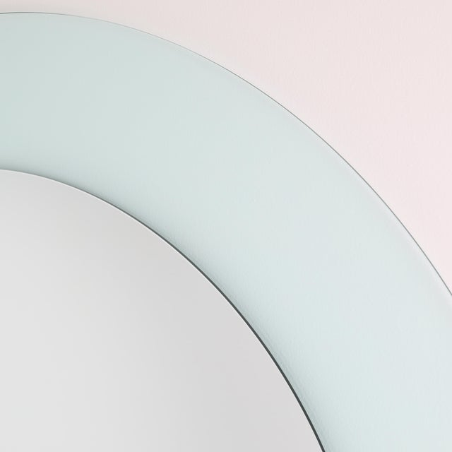 Contemporary Full Circle Modern Original Round Acrylic Frame Mirror For Sale - Image 3 of 11