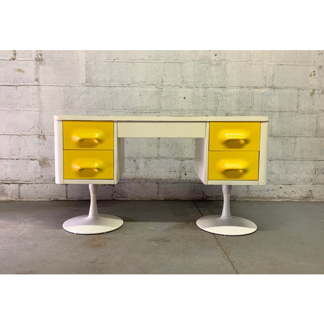 Danish Modern Rare Mid Century Modern Broyhill Premier Chapter One Desk For Sale - Image 3 of 11