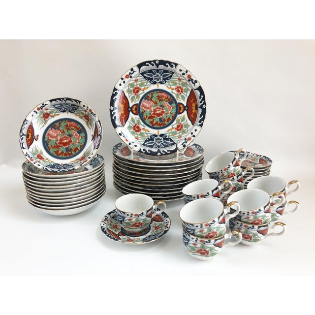 Blue 1960s Porcelain Imari Style Gilt Hand Decorated Dinner Service - Set of 48 For Sale - Image 8 of 9