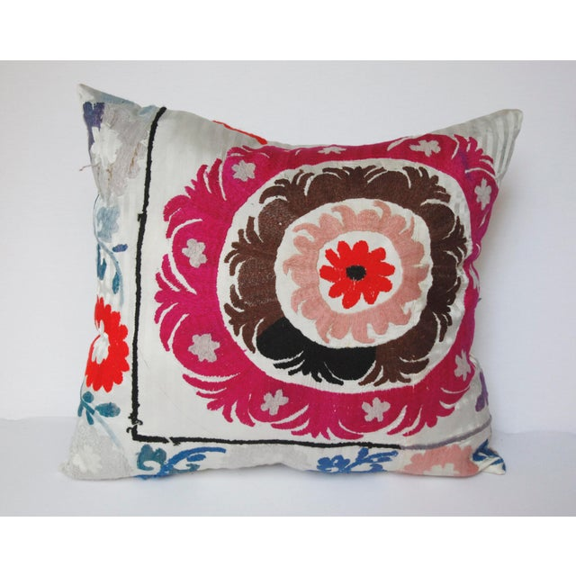 Traditional 1970s Boho Chic Decorative Needlework Throw Sofa Pillow Cover For Sale - Image 3 of 12