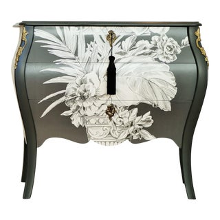 1940s Rococo 3-Drawer Chest With Marble Top For Sale