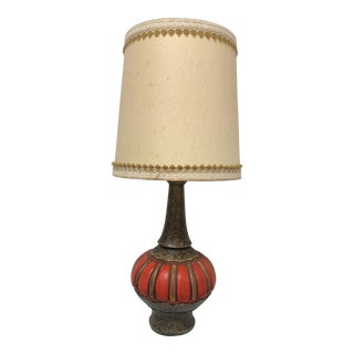 Mid Century Modern Orange Ceramic Table Lamp & Barrel Shade For Sale