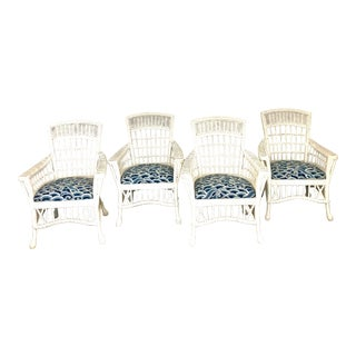 Vintage White Wicker Nantucket Style Chairs With Blue Chinoiserie Fabric - Set of 4 For Sale