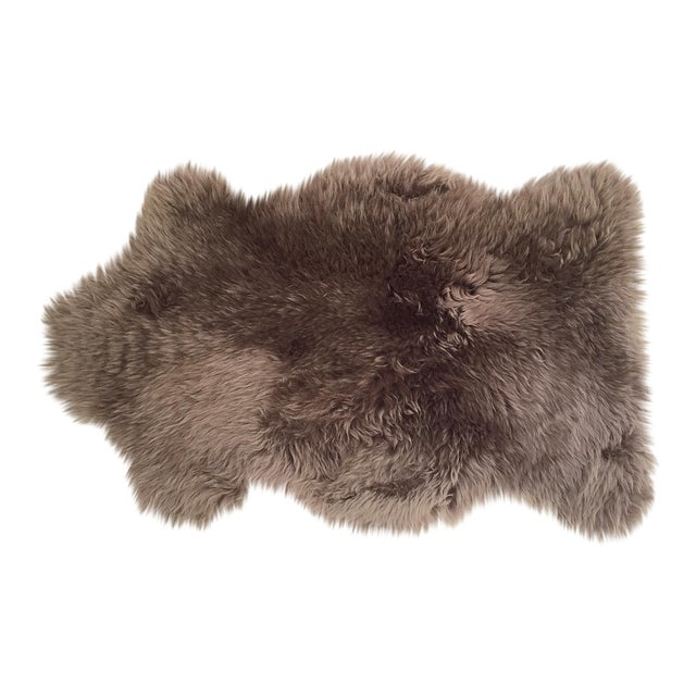"Grey Sheepskin Rug - 2'4"" x 3'4"" - Image 1 of 3"