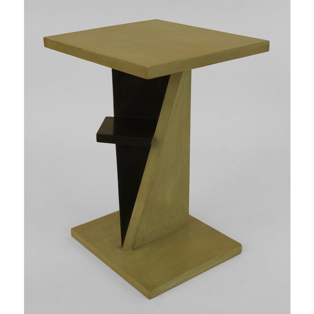 1940s French Art Deco Green Lacquered End Table For Sale In New York - Image 6 of 6