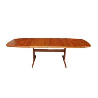 1960s Danish Modern Extendable Oval Teak Dining Table