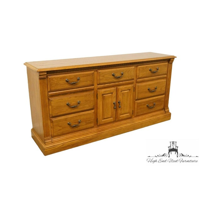 35″ High 72″ Wide 19″ Deep We specialize in High End Used Furniture that we consider to be at least an 8 on a scale if 1...