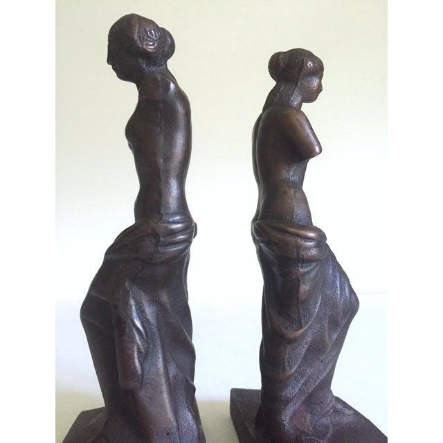 """Vintage 1920's Rare """" Venus De Milo """" Cast Iron Bronze Neoclassical Bookend Statues - a Pair For Sale - Image 11 of 13"""