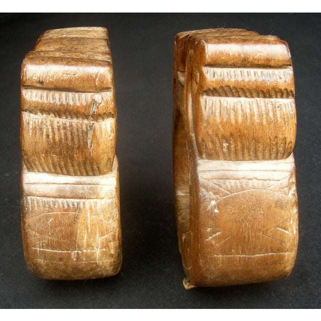 Antique Early 19th Century Colonial Carved Wooden Stirrups For Sale - Image 4 of 4