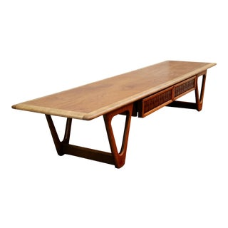Lane Mid-Century Coffee Table For Sale
