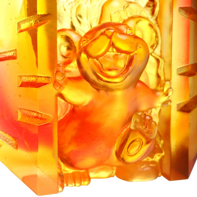 """Contemporary Crystal Mouse """"Open to Joy"""" Limited Edition Zodiac Sculpture For Sale - Image 3 of 5"""