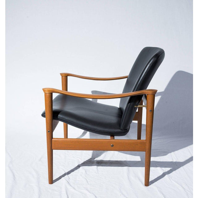 Fredrik Kayser Lounge Chair - Image 3 of 10