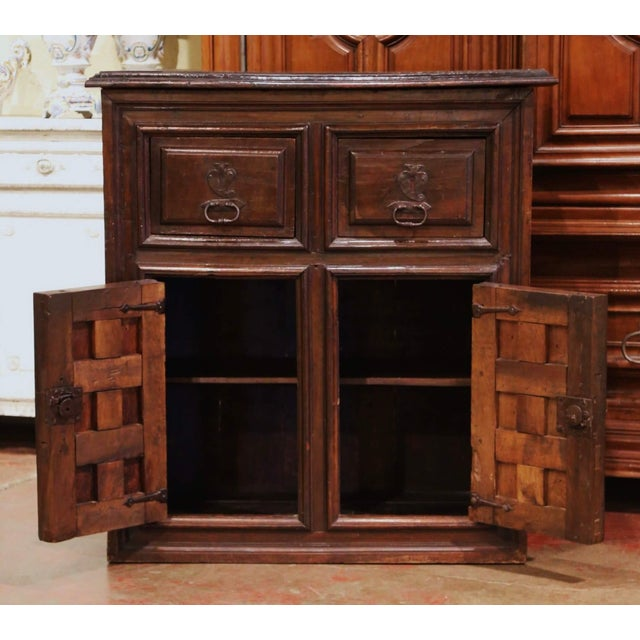 Early 18th Century 17th Century Spanish Catalan Carved Walnut Two-Door Buffet Cabinet For Sale - Image 5 of 13