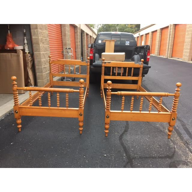 1950s Mid-Century Modern Willett Twin Maple Beds - a Pair For Sale - Image 13 of 13