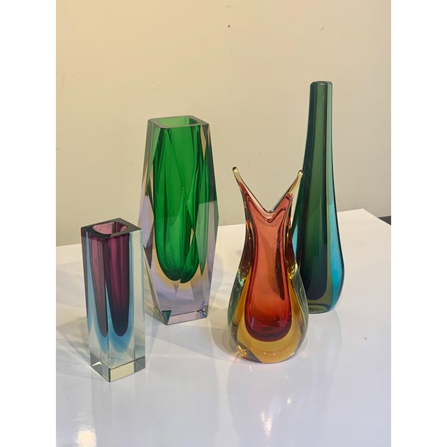 Mid-Century Modern Mid Century Murano Green Faceted Sommerso Vase by Flavio Poli For Sale - Image 3 of 8