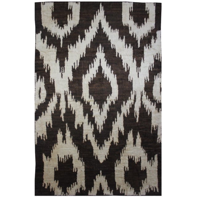 Aara Rugs Hand Knotted Ikat Rug- 10′5″ × 14′1″ For Sale