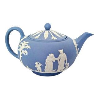 Vintage Cream on Lavender (Light Blue) Jasperware Wedgwood Tea Pot W/Lid For Sale