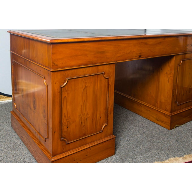 Wood English Traditional Yewood Kneehole Executive Desk For Sale - Image 7 of 12