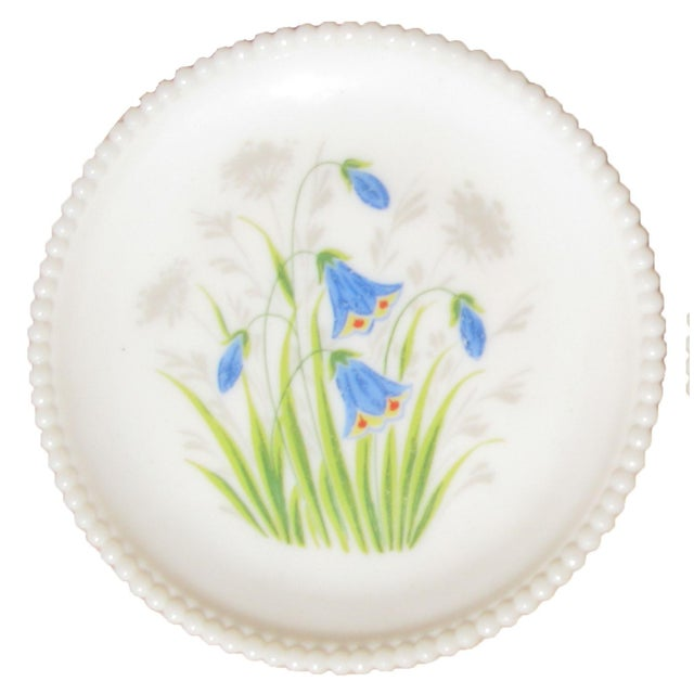 Farmhouse Handpainted Floral Milk Glass Plates, Pair For Sale - Image 3 of 4