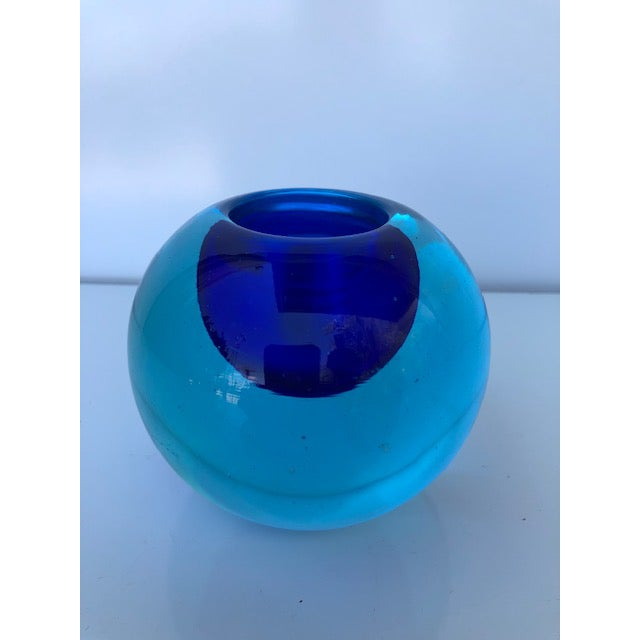 Blue Blue Glass Sommerso Paper Weight Attributed to Flavio Poli For Sale - Image 8 of 8