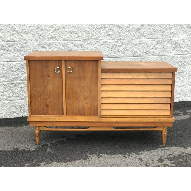 1960s Mid Century Modern Lane Cedar Chest For Sale - Image 9 of 9