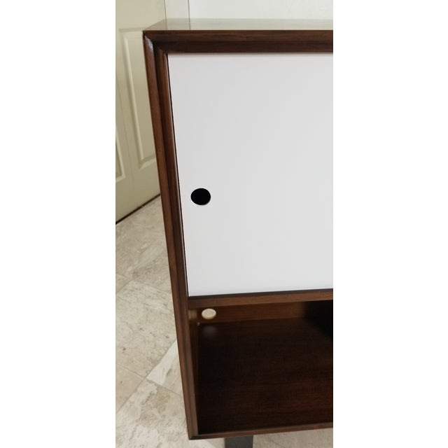 Mid-Century Modern 1950s Modern Style Cabinet For Sale - Image 3 of 13