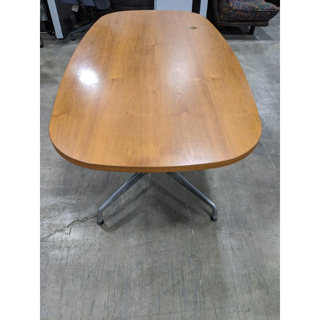 The original mix and match, designed by Ray and Charles Eames. The angular base can support multiple size tops when paired...