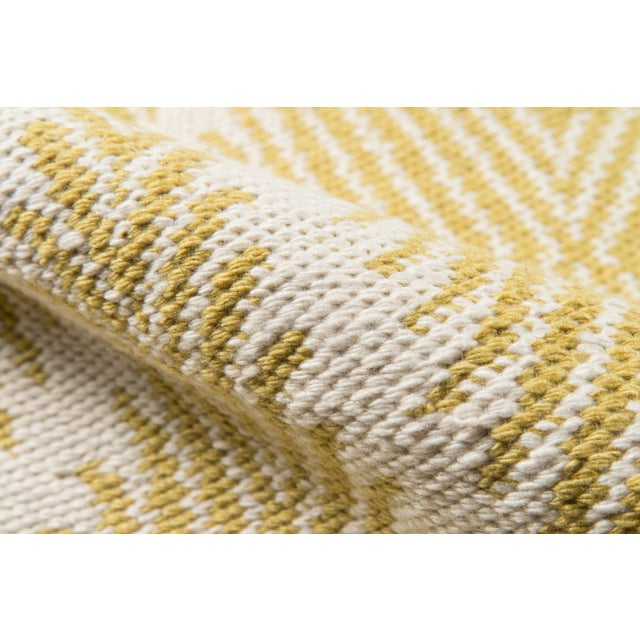 """Erin Gates by Momeni River Beacon Citron Indoor Outdoor Hand Woven Area Rug - 5' X 7'6"""" For Sale - Image 4 of 7"""