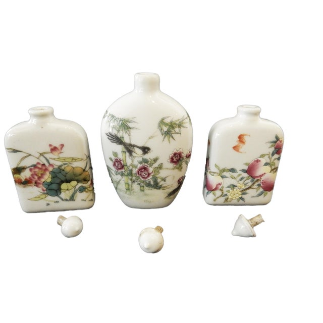 Asian Famile Rose Porcelain Snuff Bottles - Set of 3 For Sale - Image 3 of 10