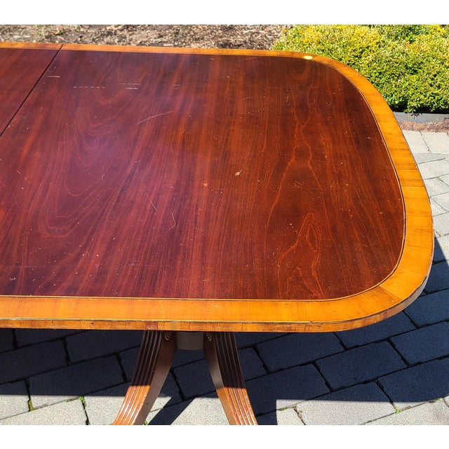 1930s Antique 1930s Banded Mahogany Baker Furniture Double Pedestal Dining Room Table W/ 3 Leaves For Sale - Image 5 of 10