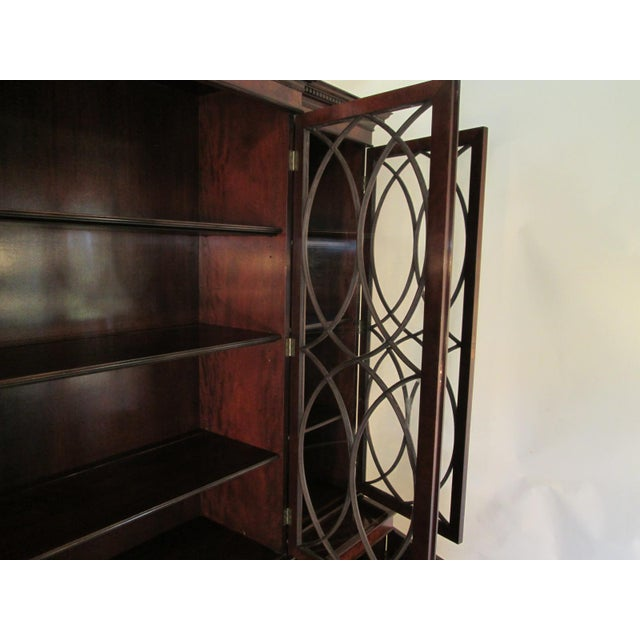 Old Colony Mahogany Breakfront Cabinet For Sale In Portland, ME - Image 6 of 11