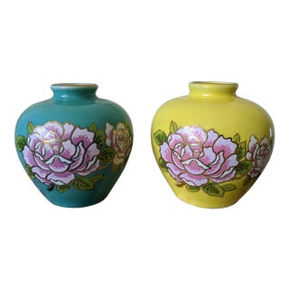 Set of 2- Complementary Asian Chinoiserie Floral Vases For Sale
