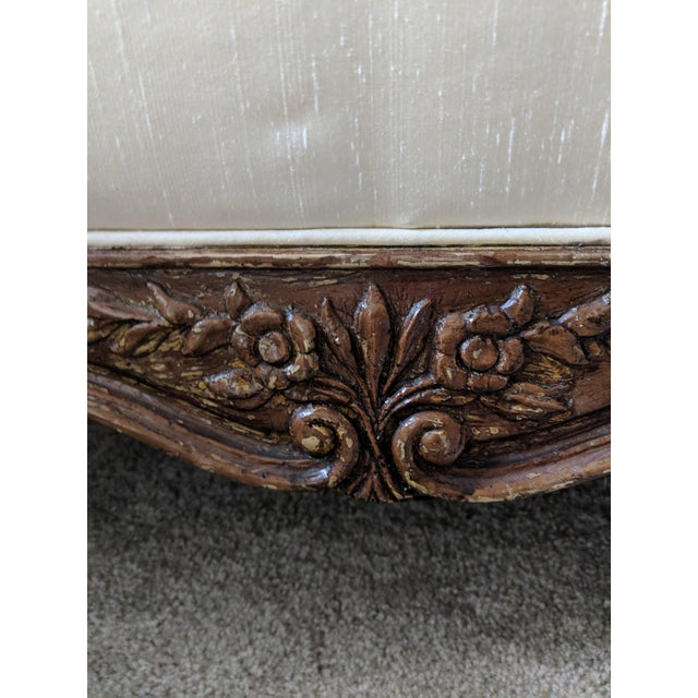 French Silk Upholstered Settee With Hand-Carved Wooden Base For Sale In Atlanta - Image 6 of 9