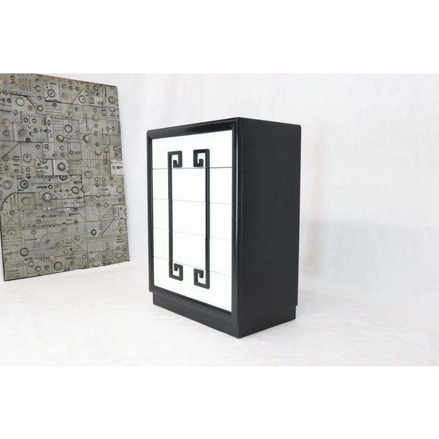 Kittinger Kittinger Mandarin Style Chest Dresser Black and White Lacquer Five Drawers For Sale - Image 4 of 11