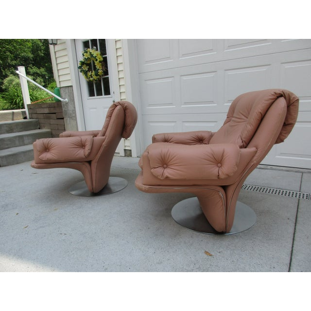 Mid-Century Modern Mid-Century Modern Swivel Lounge Chairs on Unique Cantilever Base -A Pair For Sale - Image 3 of 13