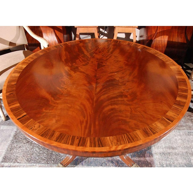 Mid 19th Century 1840s English Round Mahogany Breakfast Table For Sale - Image 5 of 9