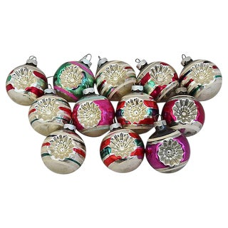 1960s Mid-Century Retro Christmas Ornaments w/Box - Set of 12 For Sale