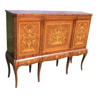 19th Century English Traditional Marquetry Dry Bar Cabinet For Sale