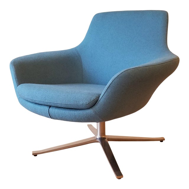 "Recently-Upholstered Coalesse ""Bob"" Swivel Lounge Chair by Steelcase For Sale"