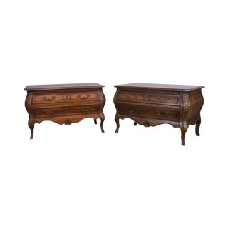 Heritage Grand Tour Vintage Pair Walnut Bombe Louis XV Style Low Commodes Chests For Sale