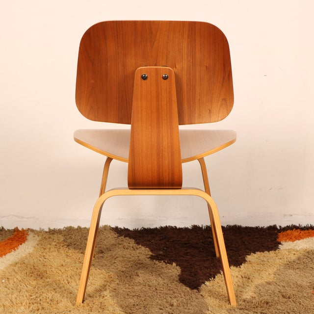 Eames Molded Dining Chair for Herman Miller - Image 9 of 11