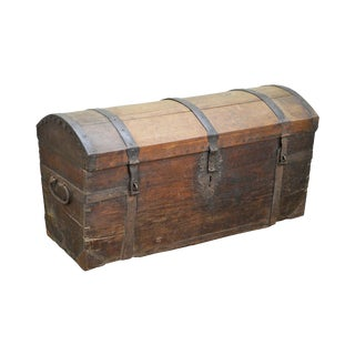 Antique 18th Century Dome Top Wooden Pirates Chest W/ Iron Straps For Sale