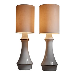 Lisa Johansson-Pape pair of white table lamps for Orno, Finland, 1950s
