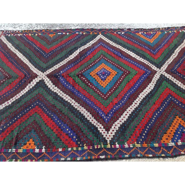 "Vintage Turkish Kilim Rug - 6'9"" x 10'5"" For Sale - Image 4 of 7"