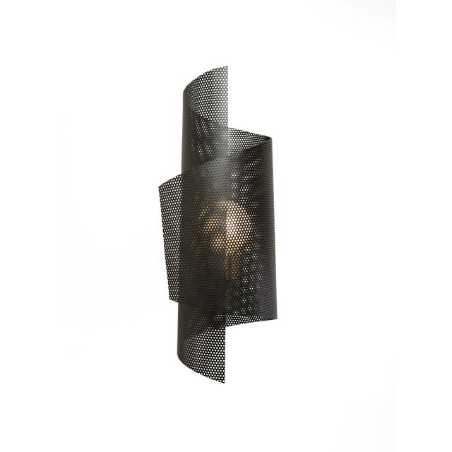 Mid-Century Modern Spun Tulle Wall Sconce in Brass + Black Enamel Mesh by Blueprint Lighting, 2019 For Sale - Image 3 of 6